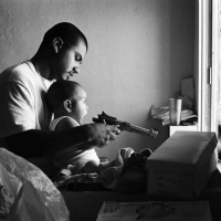 Robert Yager - L.A Latino Gangs (Portfolio)